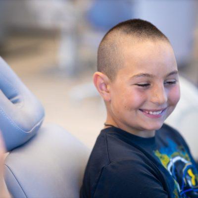 Hentscher Johnson Orthodontics Columbia Illinois Patient Candids 111 400x400 - Contact Hentscher-Johnson Orthodontics in Illinois