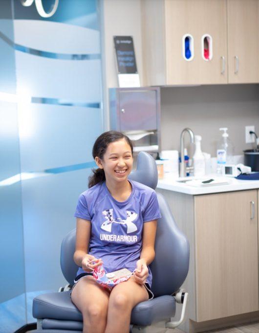 Hentscher Johnson Orthodontics Columbia Illinois Patient Candids 46 530x680 - Contact Hentscher-Johnson Orthodontics in Illinois